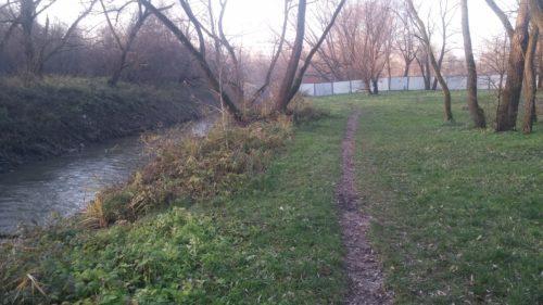 Park rzeczny Wilga z zagrodzoną drogą dla rowerów (23.11.2017)